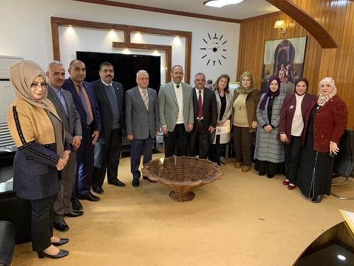 رئيس جامعة بغداد يرأس اجتماعاً لمدراء المراكز البحثية في جميع تشكيلات الجامعة