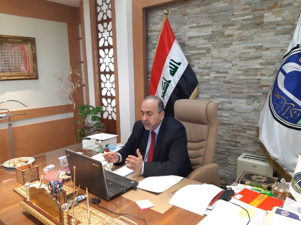 رئيس جامعة بغداد يترأس الجلسة السادسة لمجلس الجامعة الالكتروني